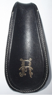 Calzador Forrado En Cuero R Dorado Art Usado