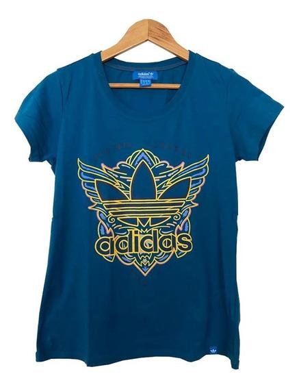 Remera Deportiva Azul Klein Con Diseño De Marca adidas