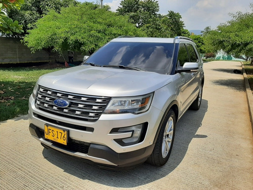 Ford Explorer Limited 4x4 Modelo 2016.