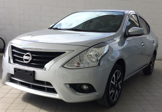 Versa Advance Plata 2019 Nissan