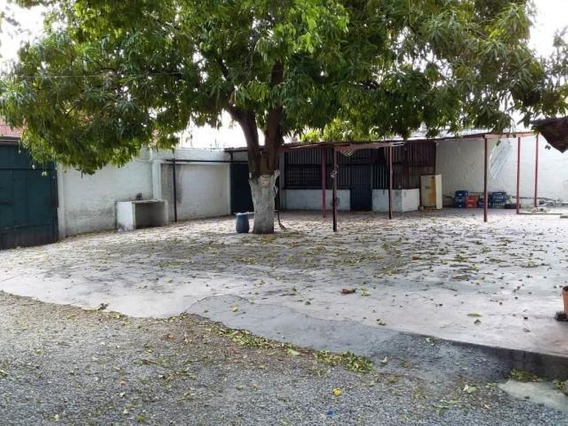 Terrenos En Alquiler En Centro Barquisimeto Lara 20-8859