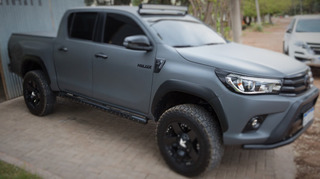 Estribos Toyota Hilux 2016 - 2019
