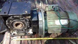 Motoreductor 1 Hp. 220 Volts. Rel. 40 A 1 .