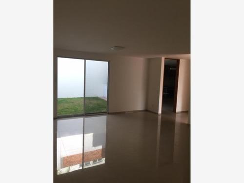 Imagen 1 de 5 de Casa Sola En Renta Villa Magna