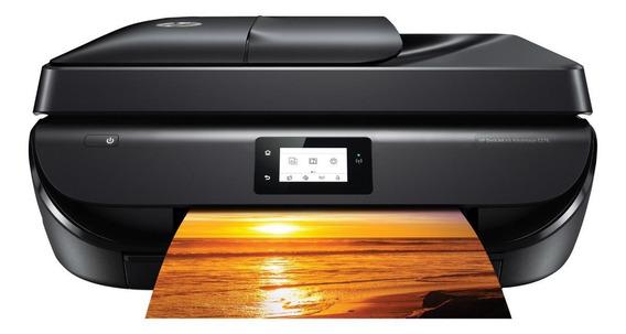 Impressora a cor multifuncional HP DeskJet Ink Advantage 5276 com Wi-Fi 110V/220V preta