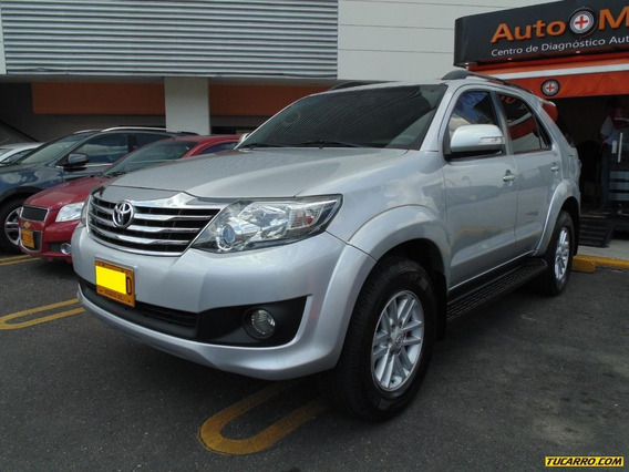 Toyota Fortuner Sr5 2.7 At 4x2