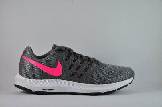 Nike Run Swift Mujer