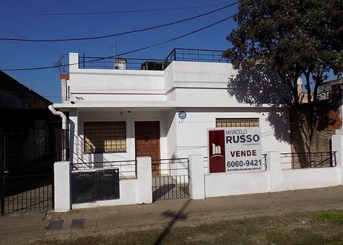 Imagen 1 de 1 de Casa Al Frente 3  Amb. C/ Cochera