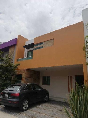 Casa En Renta Solares Coto 11