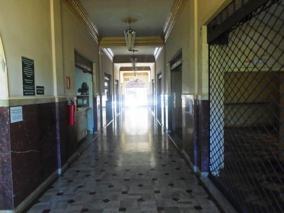 Sala Para Alugar No Centro Em Ponte Nova/mg - 5016