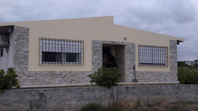 Casa Muy Linda, Nueva, Moderna