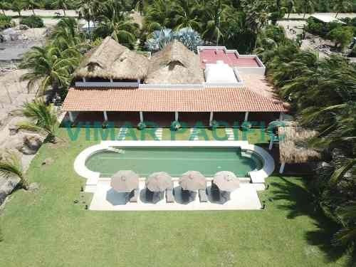 Casa De Playa En Residencial Neptuno Puerto Escondido