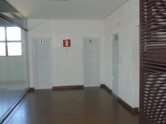Excelente Loja De 40 M2 No Bairro Serrano . - 4902