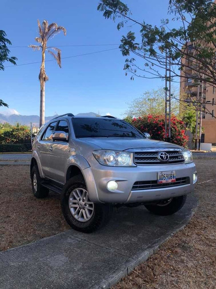 Toyota Fortuner Full Equipo 4x4