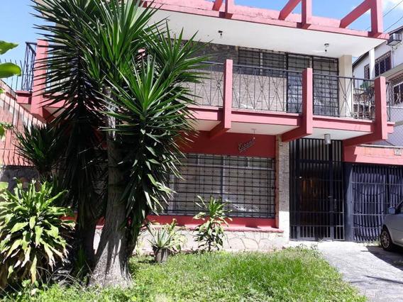 Se Alquila Casa 300m2 3h+s/2b/5p Los Palos Grandes