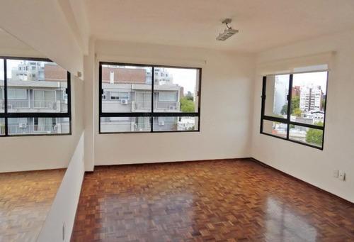 Venta Apartamento Penthouse 1 Dormitorio Punta Carretas Ref 851