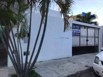 Se Vende Casa Habitación Para Oficina-comercio En Avenida Las Torres, Cancún