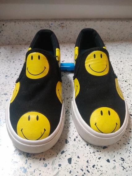 Zapato Deportivo Jump Modelo Carita Feliz, Talla 31, 7t