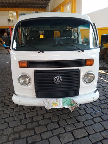 Volkswagen Kombi 2013 1.4 Standard Total Flex 3p