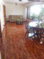 Jc Venta De Acogedor Apartamento En La Florida / 20-4129