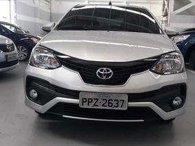 Toyota Etios Etios Platinium 1.5 At