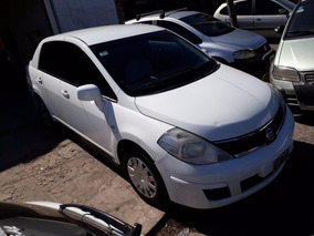 Nissan Tiida 1.8 4p Visia