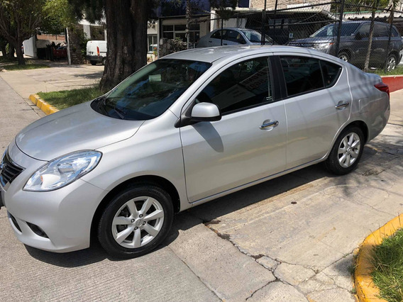 Nissan Versa 1.6 Advance 5vel Mt 2013