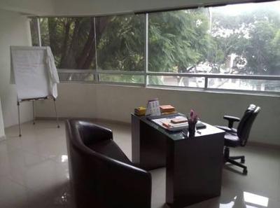 Oficinas En Jacarandas, Piso Completo 150 M2