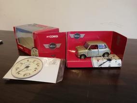 Miniatura Carro Corgi Mini Gold 1:36