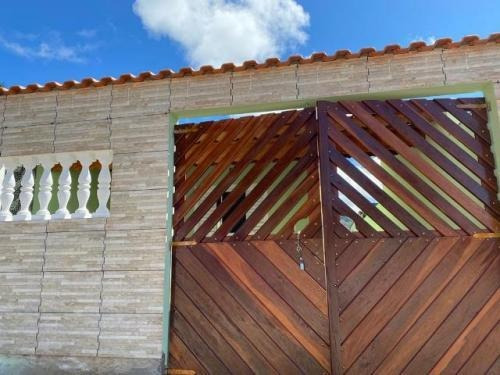 Casa Em Mongaguá, À 300 Metros Da Rodovia | 7398 E