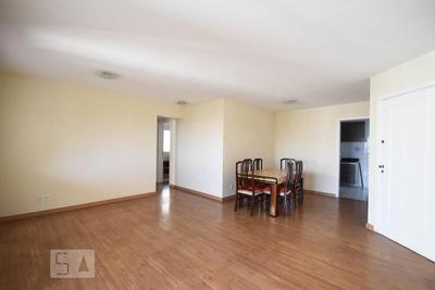 Apartamento No 18º Andar Com 2 Dormitórios E 2 Garagens - Id: 892928476 - 228476