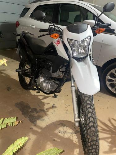 Imagem 1 de 5 de Honda Bros 160