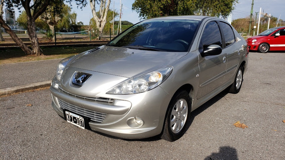 Peugeot 207 Compact Xs 1.4 2011 107.000km Uso Particular