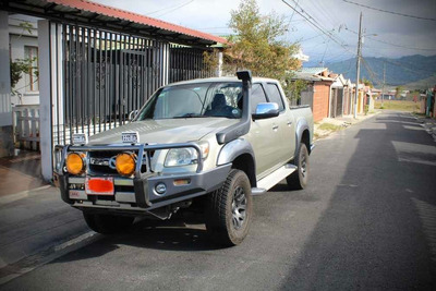 Mazda Bt50 2,5 Turbo