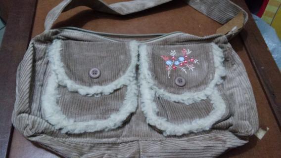 Bolsa Pequena De Inverno Bege Nude De Veludo Com Bordado