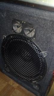 Bafle Akai15 Pulgadas 200 Watts 3 Vías Akai Sw-175 Usado