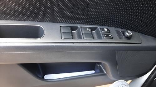Imagem 1 de 15 de Nissan Sentra 2013 2.0 S Flex Aut. 4p