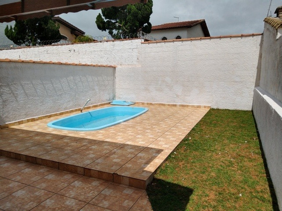 Casa Lado Praia Com Piscina, Churrasqueira E 2 Quartos/suíte