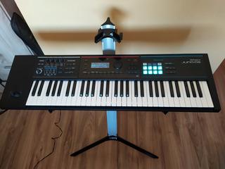 Teclado Roland Juno Ds61