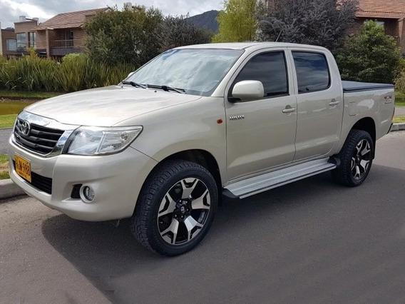Toyota Hilux 2.5cc Diésel 4x4 Mt
