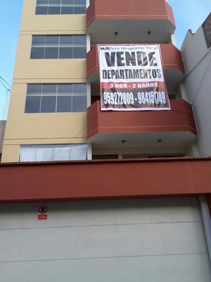 Departamentos En La Perla De Estreno.( Edificio De 6 Pisos )