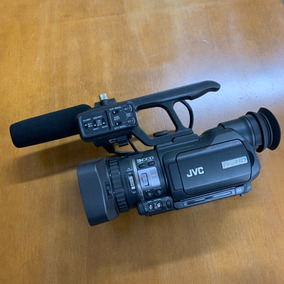 Filmadora Jvc Gy Hm100u + Lente Grande Angular E Acessórios