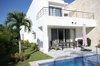 Moderna Villa En Playa Nueva Romana De Oportunidad