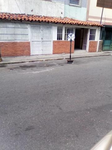 Local Comercial A Media Cuadra De La Av. Solano #20-12677