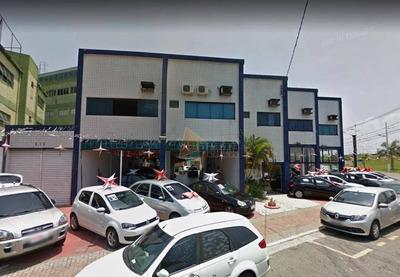 Sala Comercial Com 60m² De Área Útil. Empreendimento Localizado Na Guilhermina, Próxima A Avenida Pres. Kennedy E A Marginal. - Sa0060