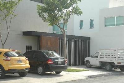 Renta Nuevo Townhouse En Montes De Amé