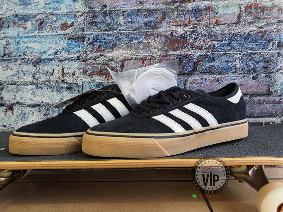 Zapatillas adidas Adiease S/.269 8 Nike Dc Puma Lakai