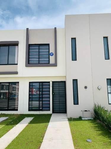 Casa Nueva, Modelo Levante En Fraccionamiento Vista Sur