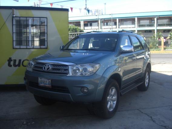 Toyota Fortuner 4 X 4
