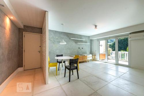 Apartamento À Venda - Leblon, 2 Quartos,  90 - S893133372